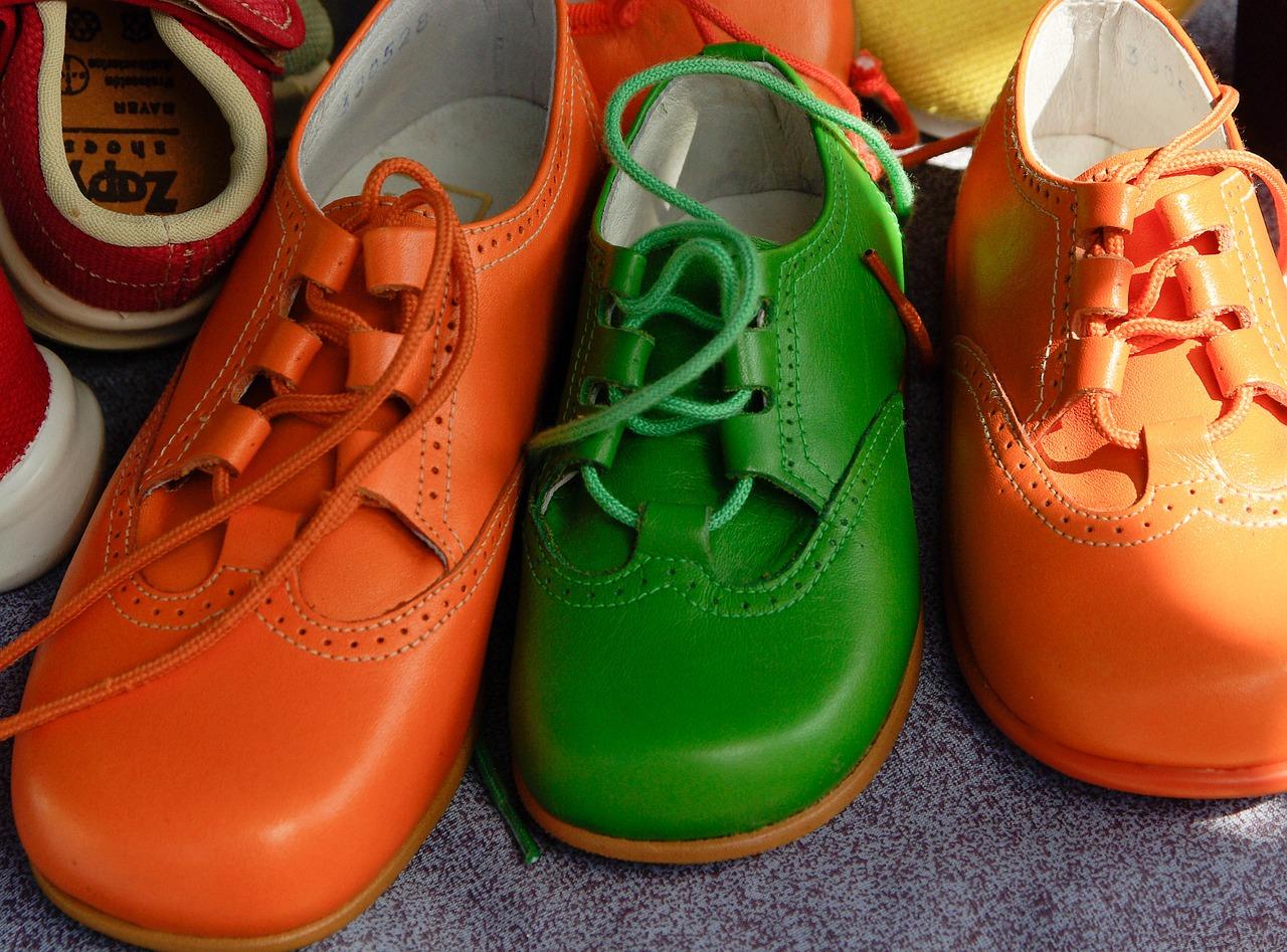 shoes-711657_1280